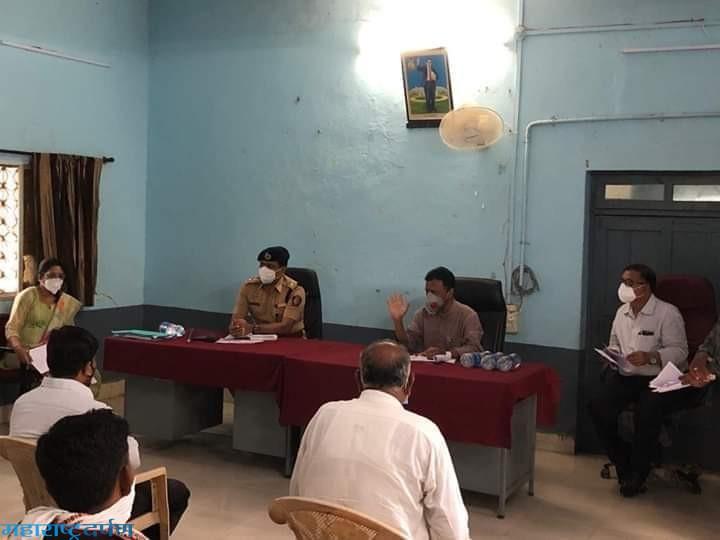 बाहेर गावावरून आलेल्या नागरिकांनी आरोग्य तपासणी करावी  – पालकमंत्री डॉ. राजेंद्र शिंगणे
