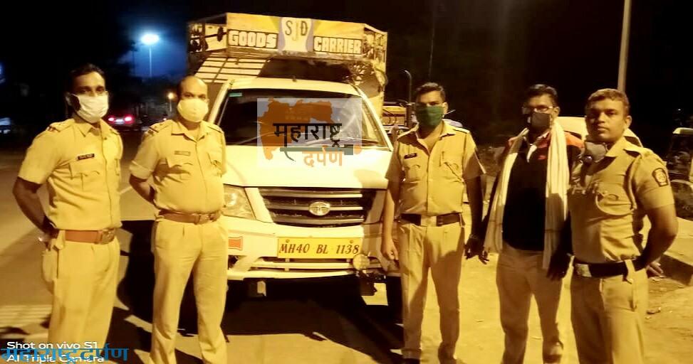 पिकअप वाहनाने १७ गाय, गोरे अवैद्य कत्तलीकरिता नेतांना पकडले : कामठी
