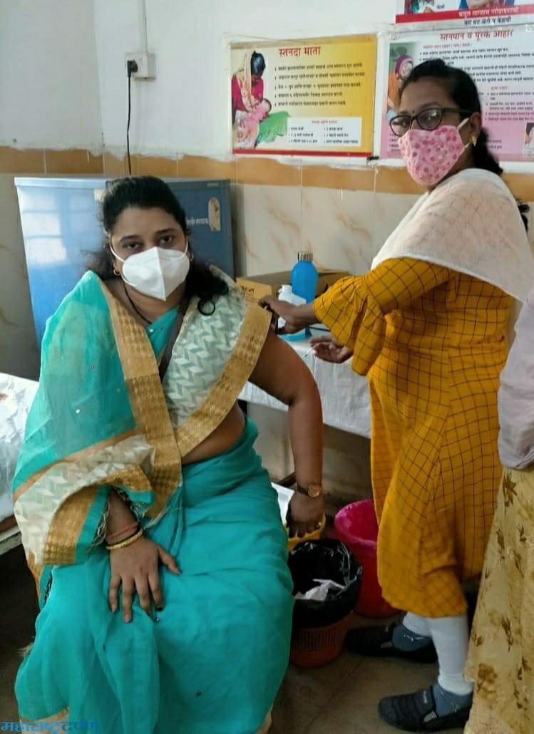 कन्हान, साटक ला ९६ जेष्ठ नागरिकांनी कोरोना लस चा लाभ